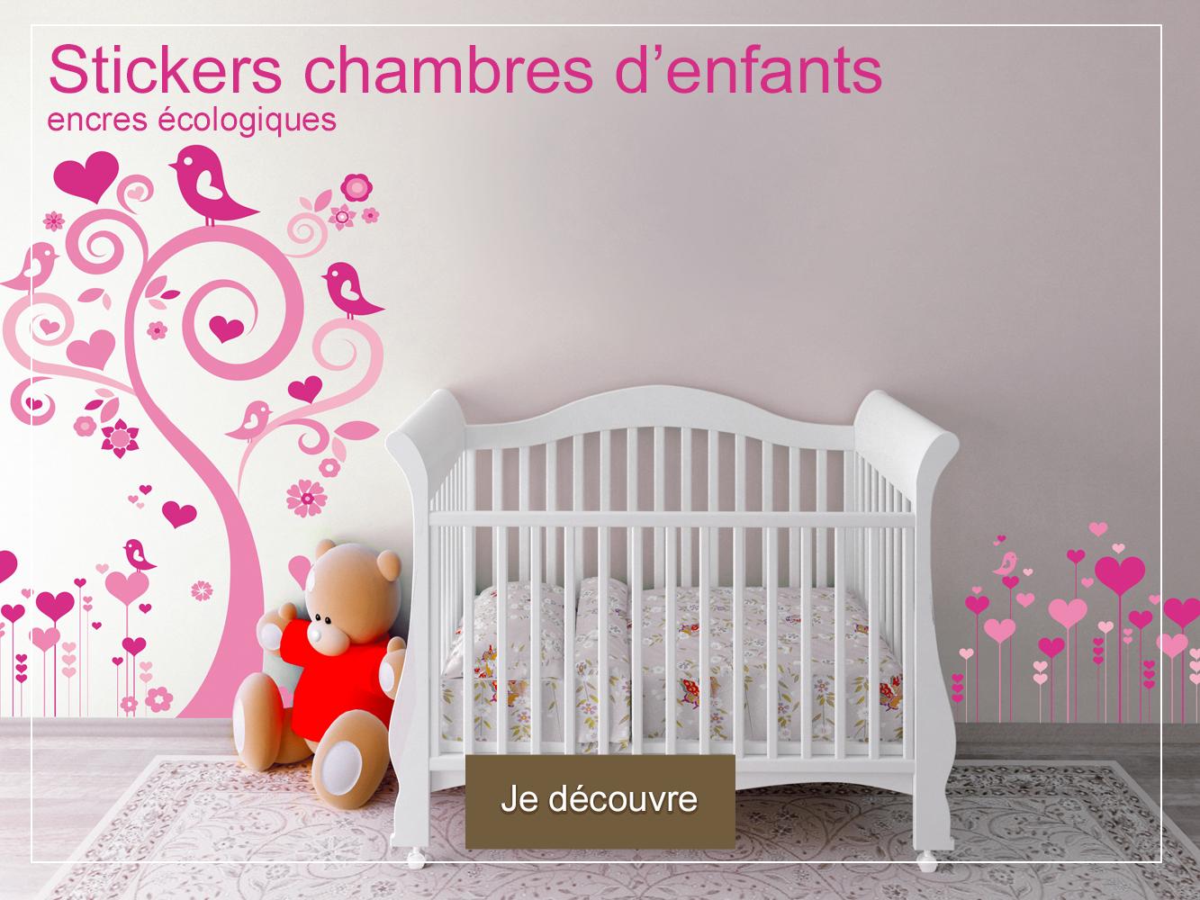 photo-stickers-chambre-d-enfants-bebe-arbre-et-frise-coeurs-DECO-VITRES